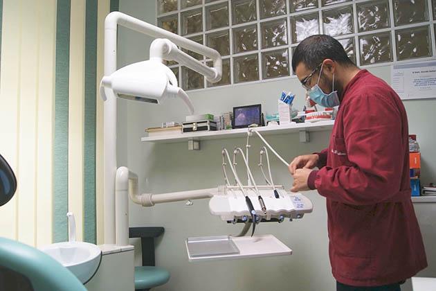 dentysta-czy-stomatolog
